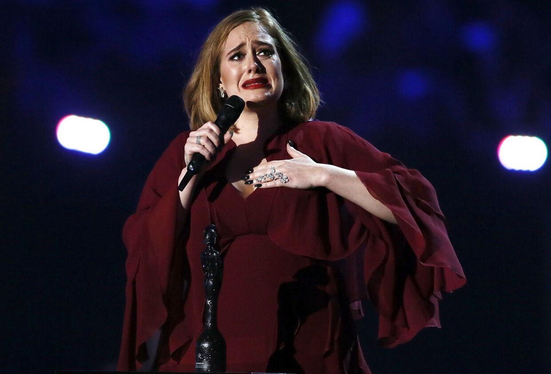 Her ses Adele