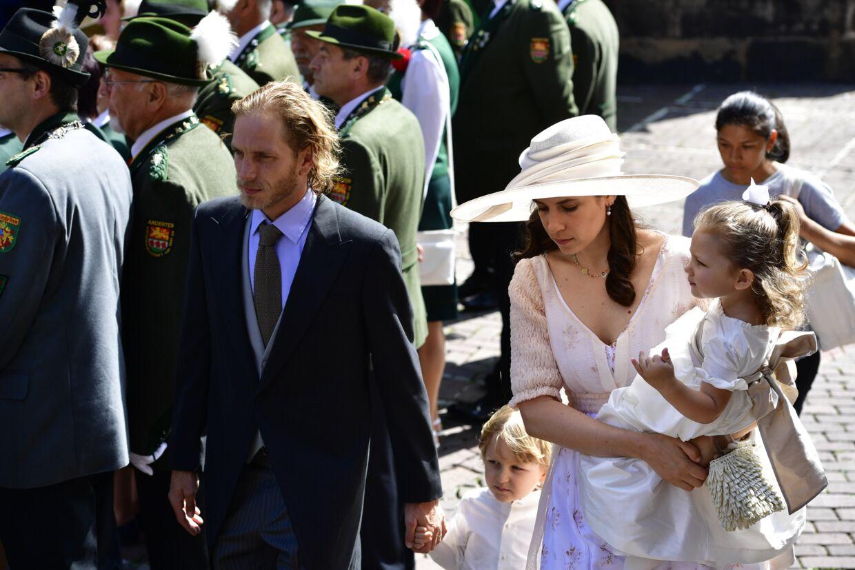 Også prinsesse Carolines søn Andrea Casiraghi deltog i brylluppet sammen med sin kone Tatiana Santo Domingo Rechulski samt parrets to børn, Alexandre Andrea Stefano Casiraghi samt India Casiraghi.