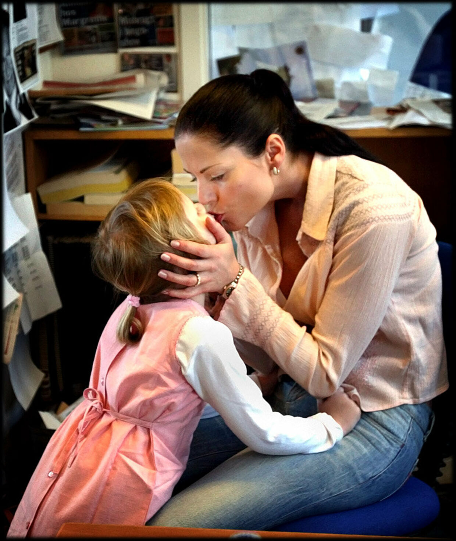 TV-vært, forfatter og terapeut Maria Hirse med datteren Victoria.