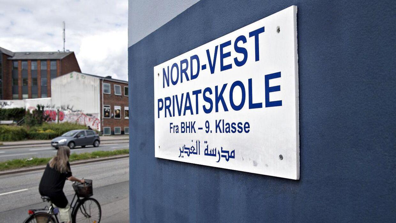 Det går ikke så godt med at få betalt skolepenge på Nord-Vest Privatskole. Restancerne stiger med 30.000 pr. måned