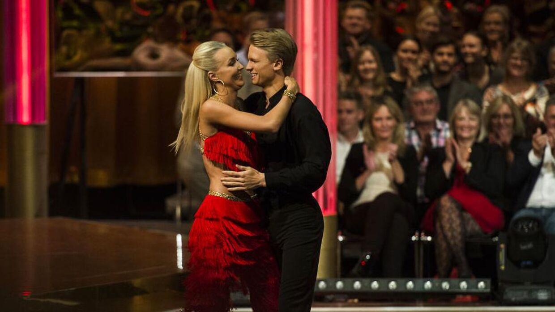 Mille Funk og Mathias Käki er nu blevet kærester.
