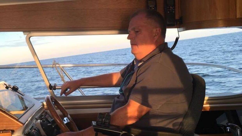 Kristian Isbak i sin båd, Isbak.
