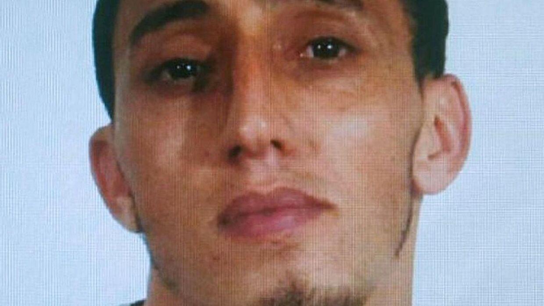 Her ses marokkanske Driss Oukabir, der er bror til den formodede fører af vognen, der dræbte 13 mennesker og sårede over 100 på Las Ramblas i Barcelona.
