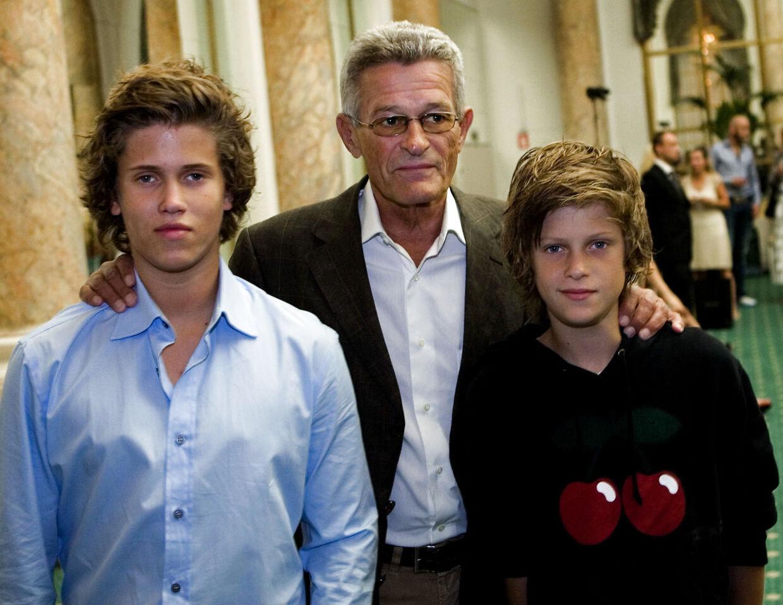 Her ses Peter Zobel med sine sønner Alexander og Nicolai for nogle år siden.