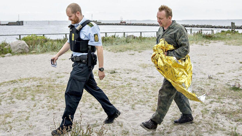 Ubådskaptajn Peter Madsen reddet i land i Dragør Havn fredag d. 11. august 2017, efter en større redningsaktion ud for Københavns Havn.