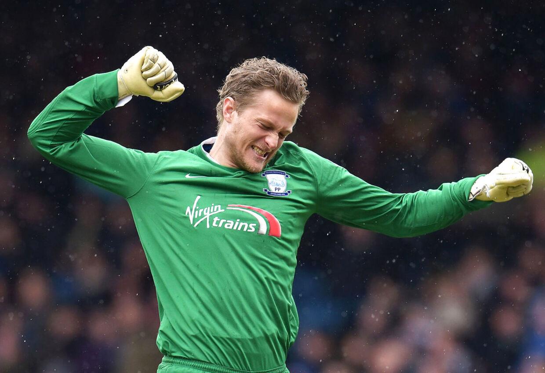 Anders Lindegaard kan være på vej mod et opsigtsvækkende comeback til Premier League. Lige nu træner han i Burnley.