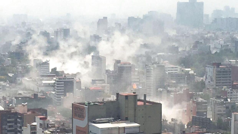 Mexico City er hårdt ramt af jordskælvet tirsdag. Foto: EPA/Edgar Cabalceta
