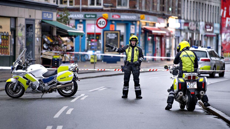 Natten til torsdag var der et nyt skyderi på Nørrebro i København. Torsdag morgen og formiddag er Nørrebrogade og flere sidegader afspærret.