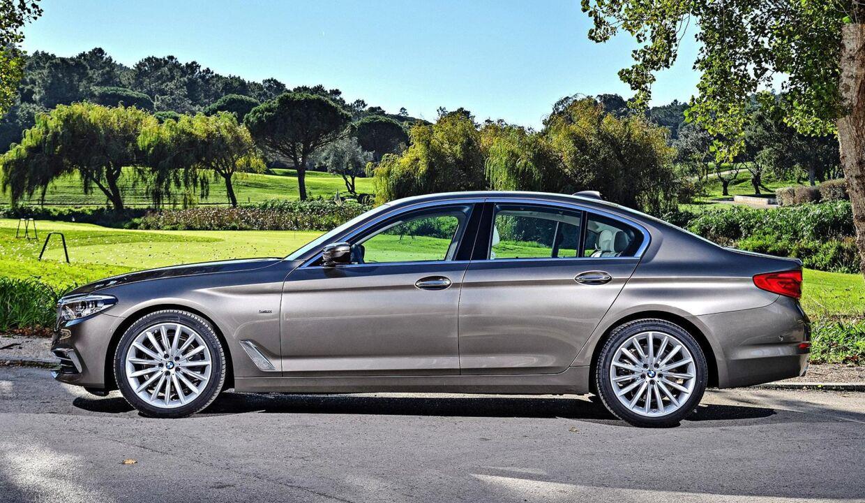 En helt ny BMW 520d dieselbil med 190 hk kører også lidt over 20 km/l. Men den bruger en rense og filterteknik der gør, at den er langt bedre for miljøet. PR foto