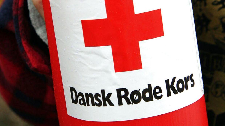 Skal jeg betale for det her? Sådan lyder det fra adskillige danskere, efter Røde Kors uventet har sendt dem en sms, hvor de beder om penge.