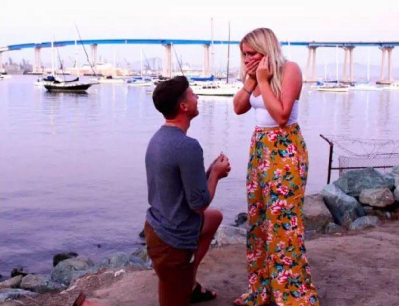 Madison O'Neill blev overrasket og fuldstændig overvældet, da Charlie Dohrmann friede til hende.
