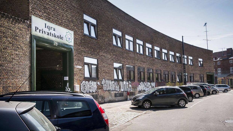 Iqra Privatskole er sat under skærpet tilsyn hos myndighederne og risikerer at miste sit statstilskud på over 21 mio. kr.
