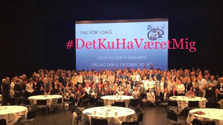 Dansk Selskab for Almen Medicin bakker op om kampagnen #detkuhaværetmig, hvor danske læger raser over at en kollega er dømt for pligtforsømmelse i en sag, hvor de mener at det fortravlede sundhedsvæsen er skyld i fejlen.
