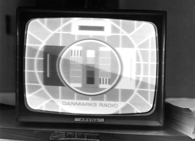 Fjernsynets prøvebillede mødte TV-seerne det meste af døgnet i 1954.
