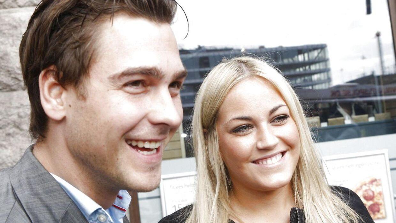 Kendisparret Peter og Amalie ses stadig, selvom de gik fra hinanden i 2013.