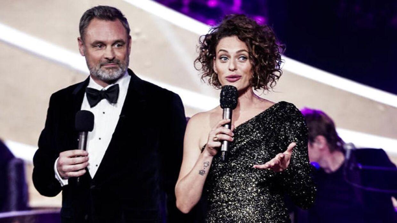 Sarah Grünewald bød velkommen til 'Vild med dans' i en sort glimmersag - men det var ikke meningen, at hun skulle have haft den kjole på.