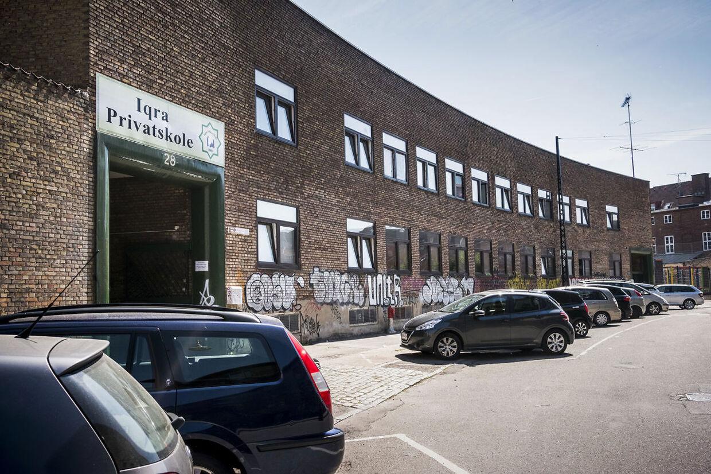 Landets største muslimske friskole Iqra Privatskole står til at miste sin millionstøtte efter alvorlige brud på loven.