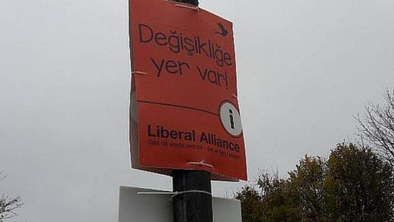Den nu berømte valgplakat på tyrkisk.