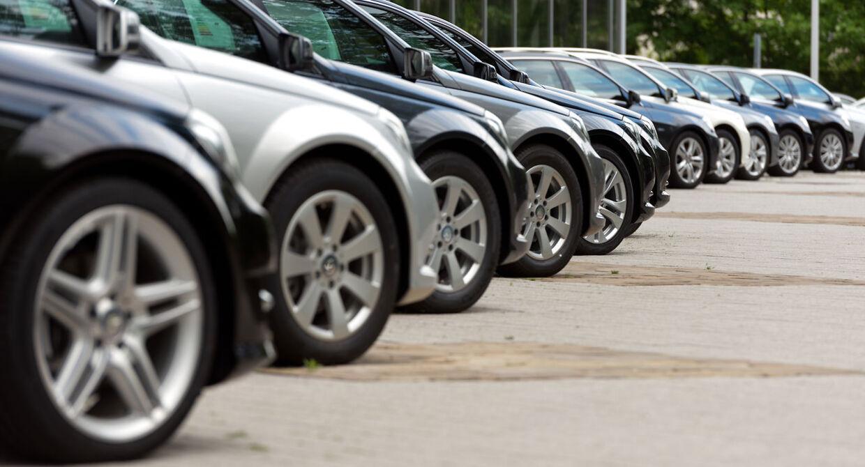 Billedresultat for biler på stribe
