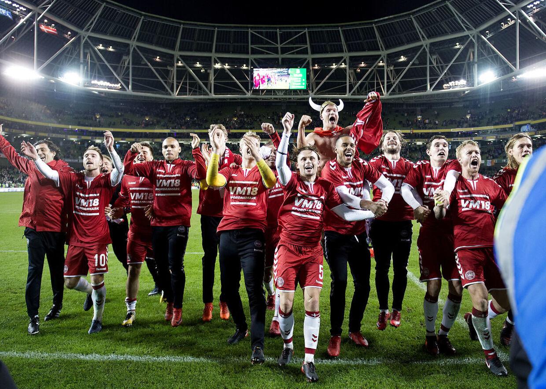 Landsholdet efter VM kvalifikationskampen mellem Irland-Danmark på Aviva Stadion i Dublin, tirsdag den 14 nov. 2017.. (Foto: Liselotte Sabroe/Scanpix 2017)