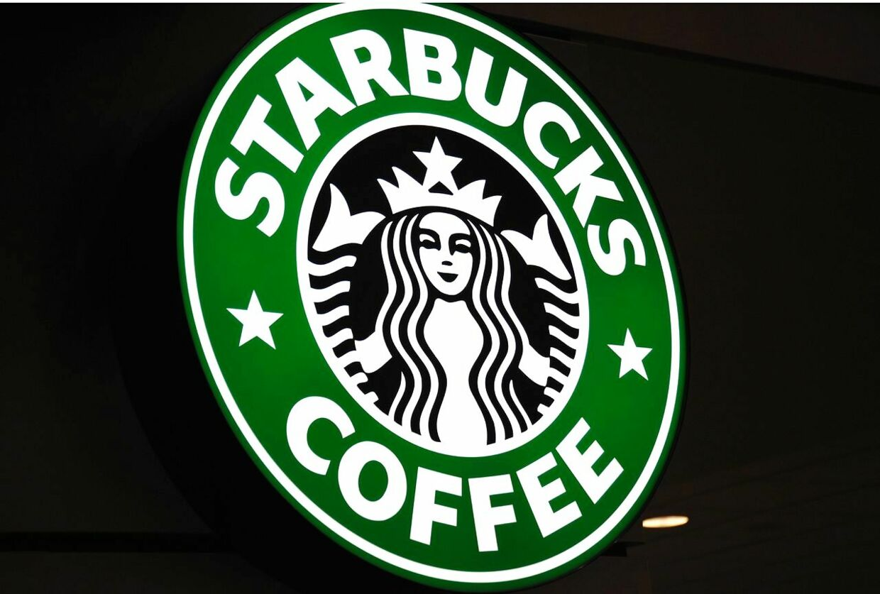 (FILES) The logo for Starbucks coffee is seen October 7, 2010 in St. Paul, Minnesota. Starbucks, bucking a retailer trend focused on beefing up company-owned online stores, has shut its e-commerce site for the United States in an effort to drive more traffic to stores. Since October 1, 2017, shoppers on the coffee chain's online store (store. starbucks.com) are being directed to set up an online account for pickup up at local Starbucks stores for drink, coffee beans and equipment orders. / AFP PHOTO / KAREN BLEIER