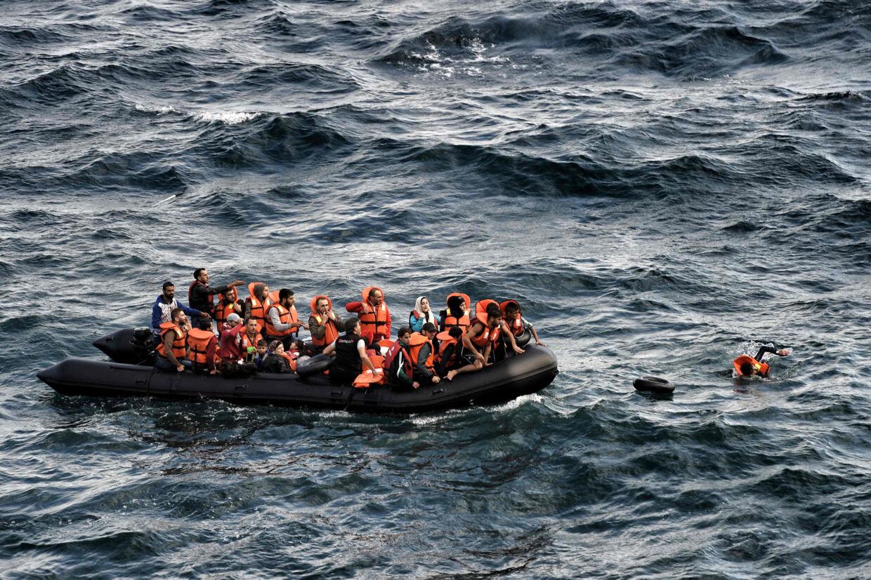 EU-Kommissionen trækker nu Polen, Tjekkiet og Ungarn for retten, fordi de nægter at tage imod EU's kvoteflygtninge. Beslutningen om at omfordele 120.000 flygtninge på to år blev vedtaget i 2015, da migrationskrisen var på sit højeste. Scanpix/Aris Messinis/arkiv