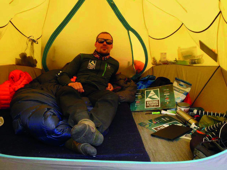 Teltet, som Rasmus Kragh sov i, mens han var i Basecamp. Privatfoto