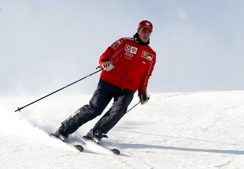 MIchael Schumacher dyrkede et meget aktivt liv. Ved siden af motorsporten spillede han fodbold, stod på ski og meget andet.