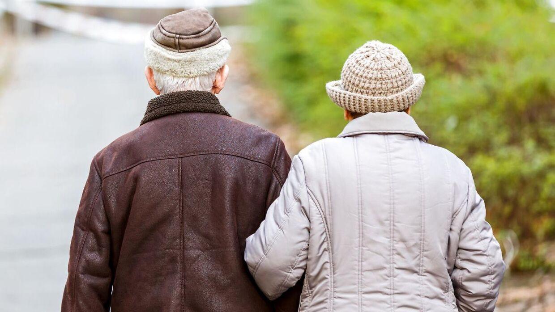 Mange danskere må leve med at gå væsentlig ned i indkomst, når de går på pension, viser ny analyse.