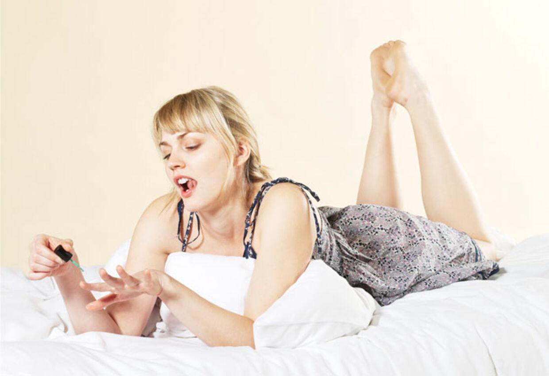 LAKEREDE NEGLE: Afslører kun kvindelíghed.