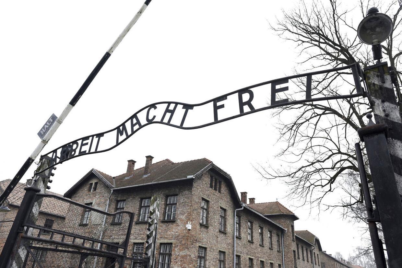 Indgangen til Auschwitz.