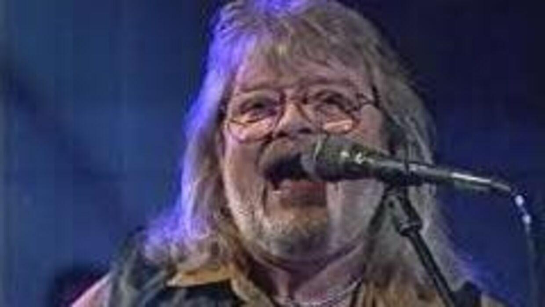 Teddy Edelmann er gået bort. Han blev 76 år.