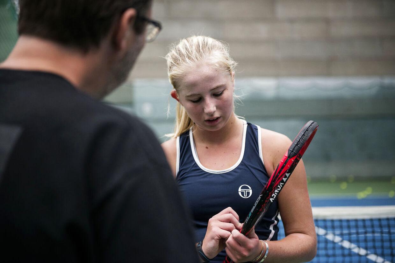 Det danske stortalent Clara Tauson har meldt afbud til Grand Slam-tennisturneringen Australian Open.