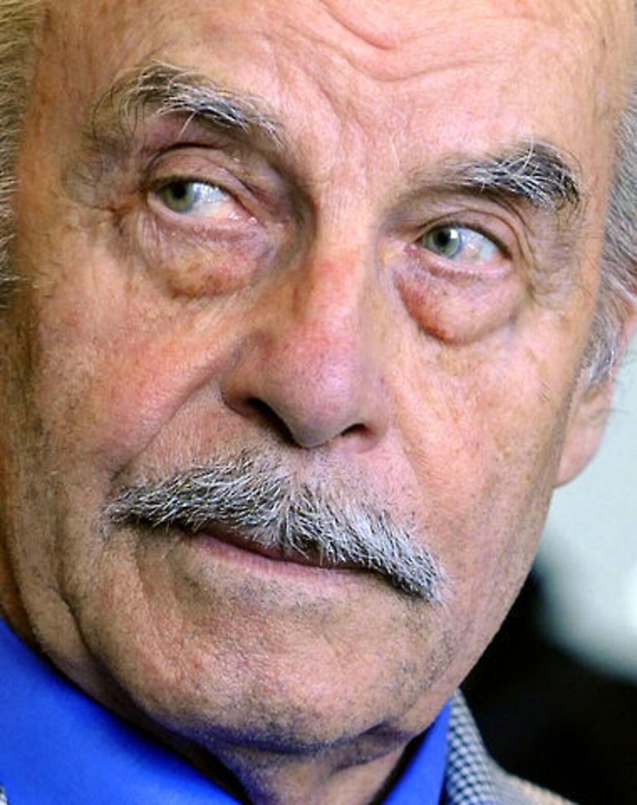 Josef Fritzl fortrak ikke en mine, da han i går blev idømt fængsel på livstid.