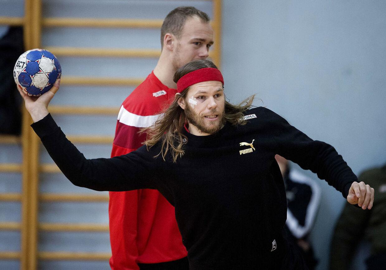 Mikkel Hansen og Henrik Toft Hansen under Danmarks træning i Mursko Sredisce fredag den 12 janaur 2018. (Foto: Liselotte Sabroe/Scanpix 2018)
