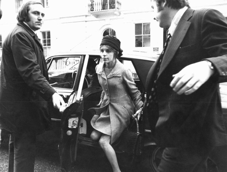 ARKIVFOTO af Lady Lucan - her ses hun ankomme til retsmødet, hvor hendes mand, Lord Lucan, blev sigtet for drabet på familiens barnepige.