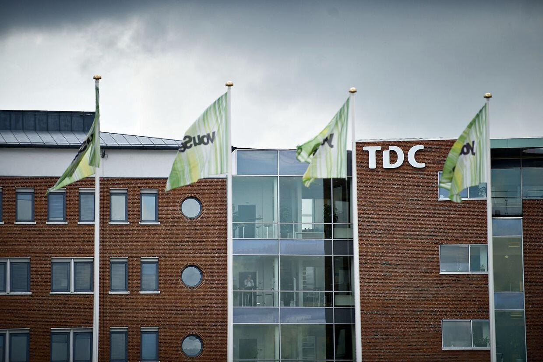 (ARKIV). TDC Group YouSee, TDC, Teglholmsgade 1, København den 7. august 2012. TDC's overskud er halveret i tredje kvartal sammenlignet med samme periode sidste år. Det trods stigende priser for mobilkunder. På tv-siden forlader kunderne stadig selskabet i hobetal. Det skriver Ritzau tirsdag den 31. oktober 2017. (Foto: Torkil Adsersen/Scanpix 2017)