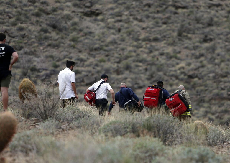 Her begiver redningsfolk sig ned til ulykkesstedet i Grand Canyon i Arizona.