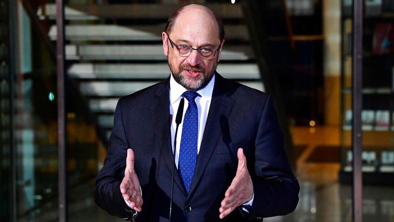 Den tyske socialdemokratiske leder Martin Schulz trækker sig som formand for SPD med øjeblikkelig virkning.