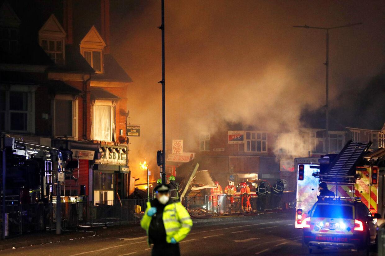 Der var både meget ild og meget røg.