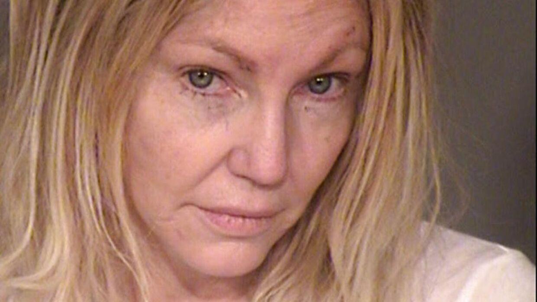 Heather Locklear på sit andet mugfoto taget søndag aften af politiet i Ventura County i Californien, efter hun var blevet anholdt for vold mod tre politibetjente og for at have bidt næsetippen af sin kæreste.