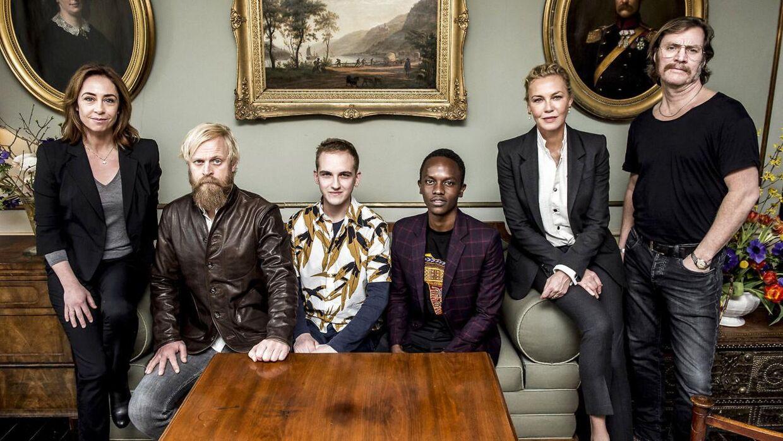 Sofie Gråbøl, Carsten Bjørnlund, Anton Hjejle, Charlie Kamuri, Connie Nielsen og Magnus Krepper er på rollelisten i DR tv-serien Liberty.