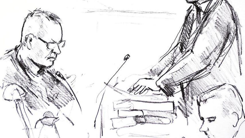 Tegning af Anne Gyrite Schütt fra retssagen mod Peter Madsen i Københavns Byret på Nytorv, torsdag den 8. marts 2018. Peter Madsen (tv.) anklager Jacob Buch-Jepsen (stående). Peter Madsen er tiltalt for at have dræbt den svenske journalist Kim Wall på sin ubåd, parteret liget og kastet delene i havet. Sagen fortsætter 23., 26., 27. og 28. marts samt 5., 23. og 25. april.