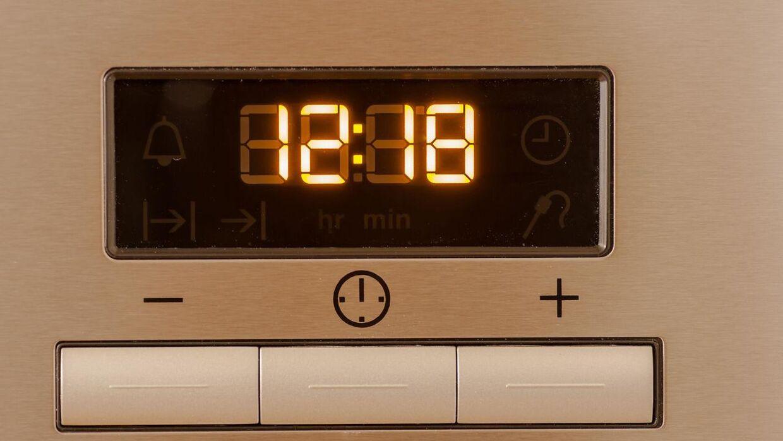 Problemmer i elnetttet har forsinket ure i blandt andet ovne