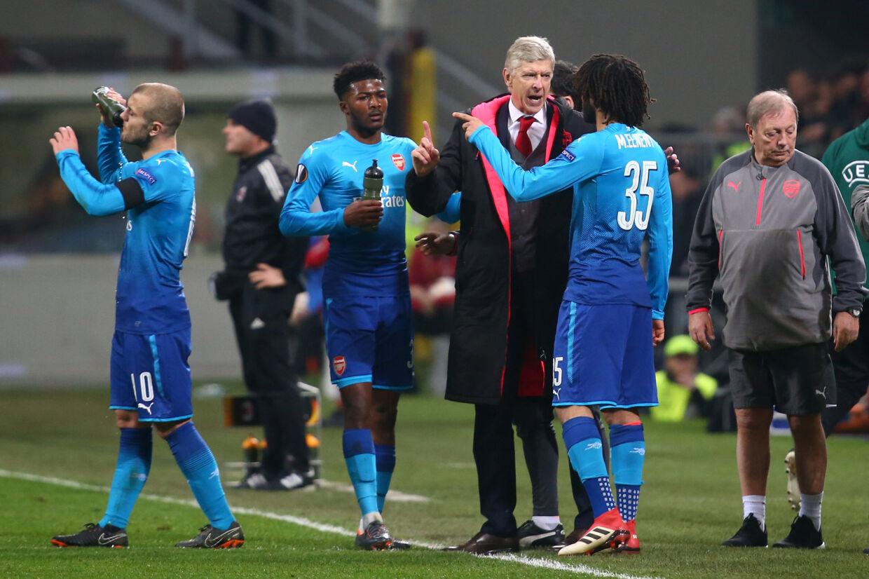 Arsène Wenger og Arsenal står med et ben i Europa Leagues kvartfinaler efter 2-0-sejren ude over AC Milan. Reuters/Alessandro Bianchi