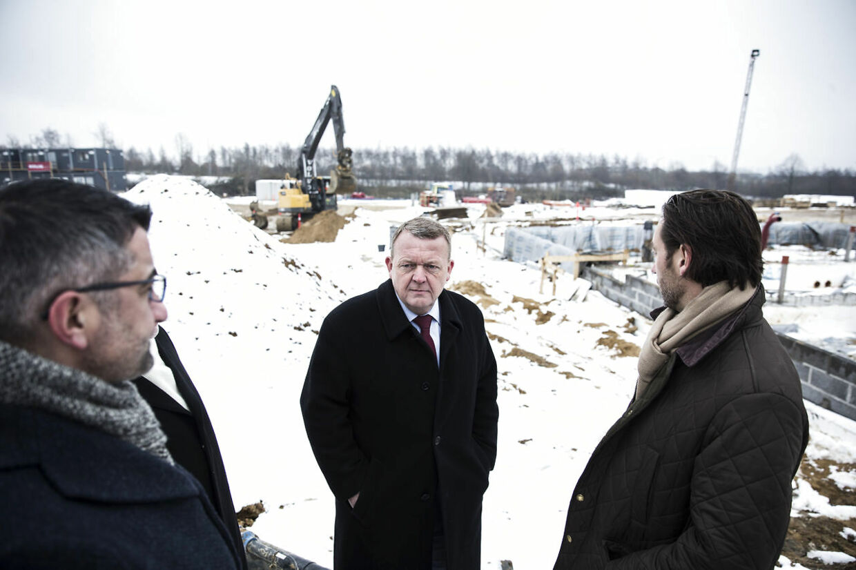 Lars Løkke besøger Gellerupparken efter præsentationen af »Ét Danmark uden parallelsamfund - ingen ghettoer i 2030«. Der er revet fem boligblokke ned, og nu skal der bygges nyt.