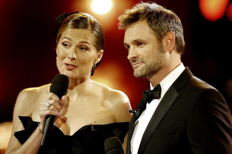 Sideløbende med sin virksomhed var Andrea Elisabeth Rudolph også vært i Vild med dans. Her sammen med Claus Elming i 2009.