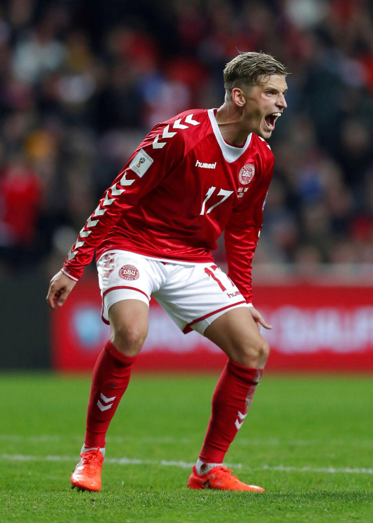 Jens Stryger Larsen ligner en sikker VM-back.