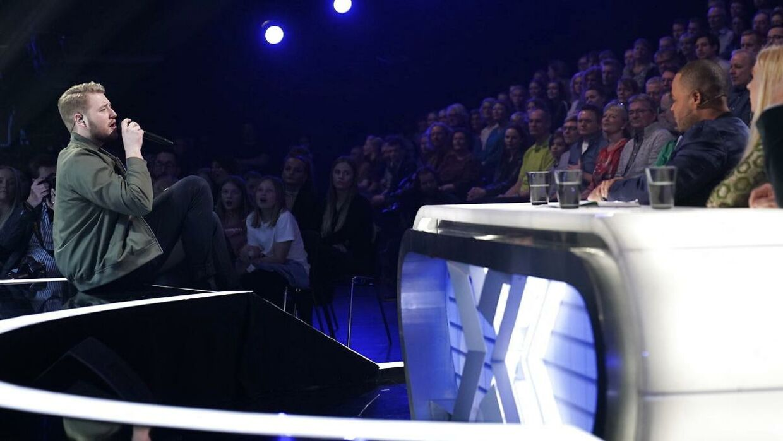 Rasmus under sin live-optræden i X Factor.