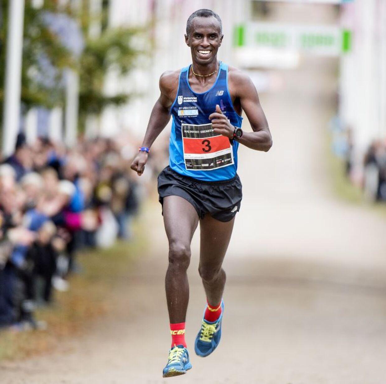 Dyrehavens konge, Abdi Hakin Ulad, har vundet Eremitageløbet fire gange og glæder sig til 50 års jubilæet 7. oktober.